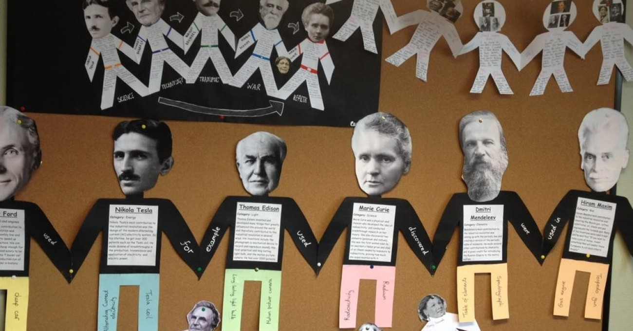 Connecting Factors with 'Paper People' display projects